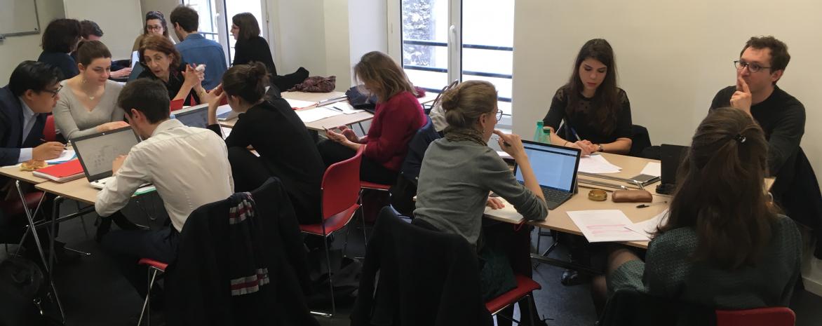 Atelier de légistique sur le droit des bibliothèques par des étudiants de Paris